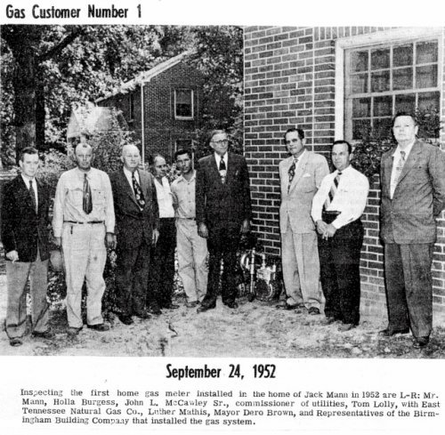 Gas Custormer Number 1 September  1952 to Newspaper Article